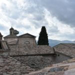 Montefalco - Chiesa di S. Chiara - Veduta dai tetti